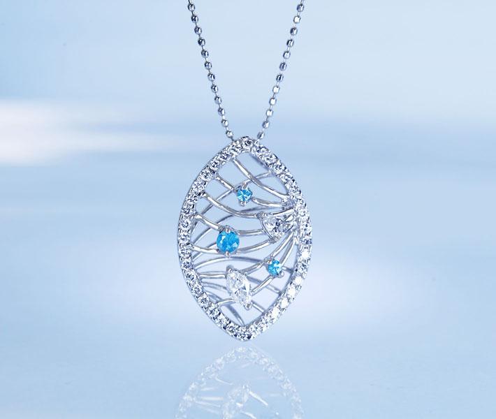 K18WG パライバ 0.07ct ダイヤモンド 0.56ct ペンダントトップ 濃厚なパライバブルー
