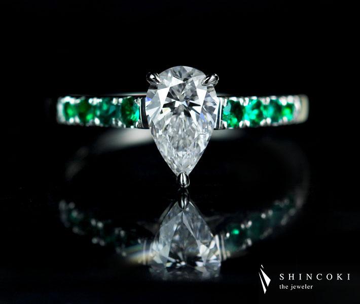 【HANDMADE】ダイヤモンド 0.871ct D SI-2 ペアシェイプ リング エメラルド 0.218ct PT950※中央宝石研究所ソーティングシート付