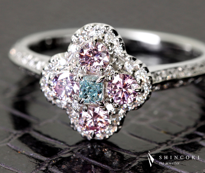 【HANDMADE】PT950 0.100ct FANCY GREEN BLUE VVS2/Total0.317ct FANCY PURPLISH PINK ブルーダイヤモンド/ピンクダイヤモンドリング※AGTソーティングシート付