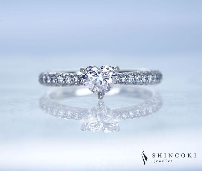【HANDMADE】PT950 ハートシェイプダイヤモンド 0.56ct E IF ダイヤモンド 0.397ct リング パヴェセッティング
