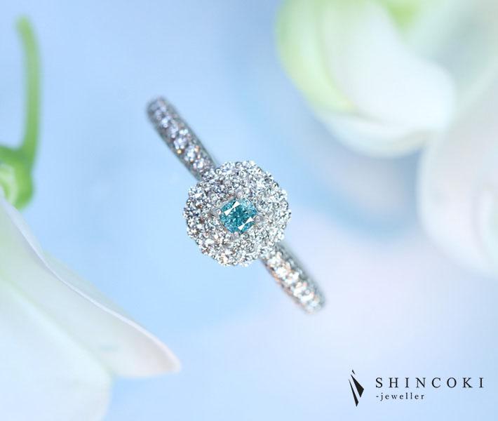 【HANDMADE】PT950 グリーンブルーダイヤモンド 0.108ct FANCY VIVID GREEN BLUE SI1 ダイヤモンド 0.517ct  リング※AGTソーティングシート付