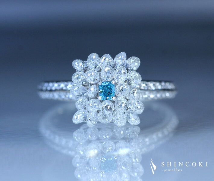 【HANDMADE】PT950 ブルーダイヤモンド 0.087ct FANCY VIVID GREEN BLUE SI2 ブリオレットカットダイヤモンド 2.322ct ダイヤモンド 0.33ct リング ※中央宝石研究所ソーティングシート付 ファンシーヴィヴィッドグリーンブルー 天然ブルーダイヤ