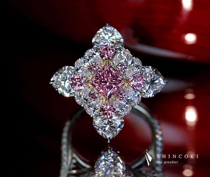 【HANDMADE】PT950 ピンクダイヤモンド 1.005ct FANCY VIVID PINK SI2 リング ピンクダイヤモンド 0.618ct/ダイヤモンド 3.747ct[CGL]