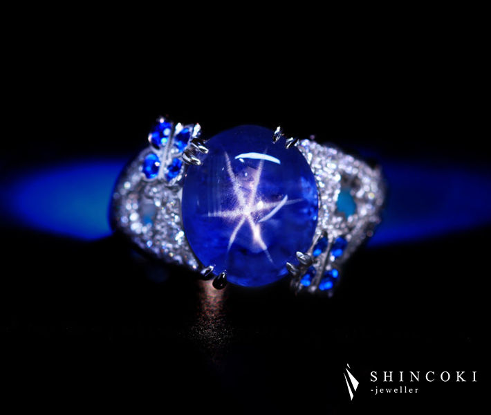 【HANDMADE】PT950 非加熱スターサファイア 7.14ct アウイナイト 0.143ct ダイヤモンド 0.79ct リング[GIA] フラワーデザイン