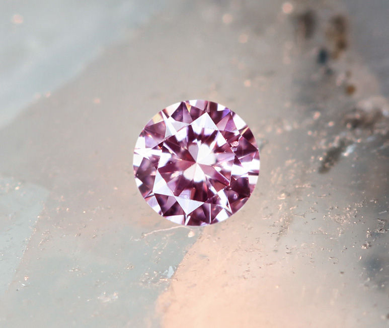 《CLOSING MOUNTAIN MUSEUM》【PINKDIAMOND Lot.17】ピンクダイヤモンド 0.042ct FANCY LIGHT PURPLISH PINK SI-1 ルース ラウンドシェイプ《PINKDIAMOND》