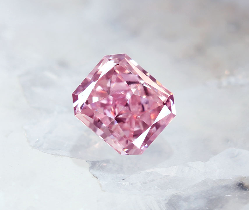 《CLOSING MOUNTAIN MUSEUM》【PINKDIAMOND Lot.25】ピンクダイヤモンド 0.19ct Fancy Orangy Pink SI1 ルース ラディアントカット[GIA]《PINKDIAMOND》